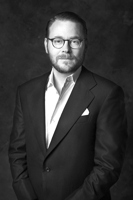 Dr. Nikolas Westphal