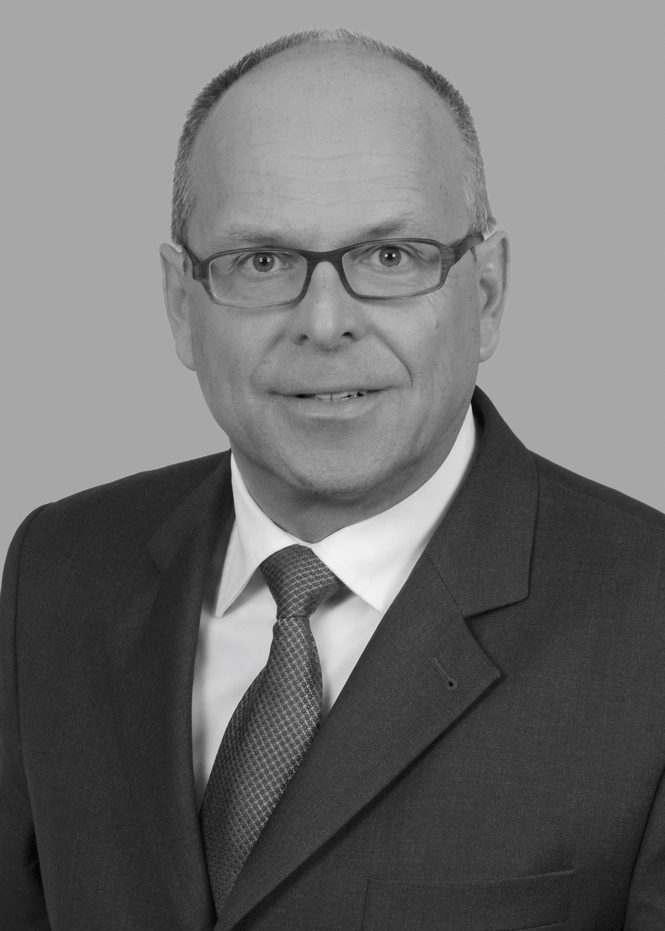 Dr. Lutz Englisch