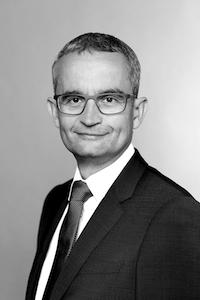Dr. Michael Rath