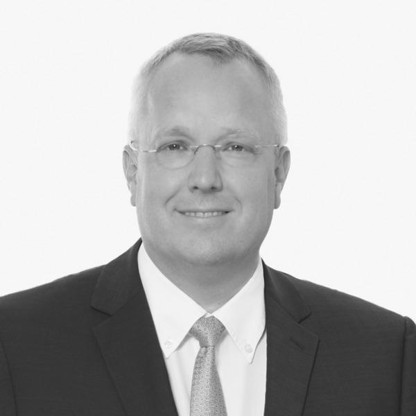 Dr. Michael Cziesla