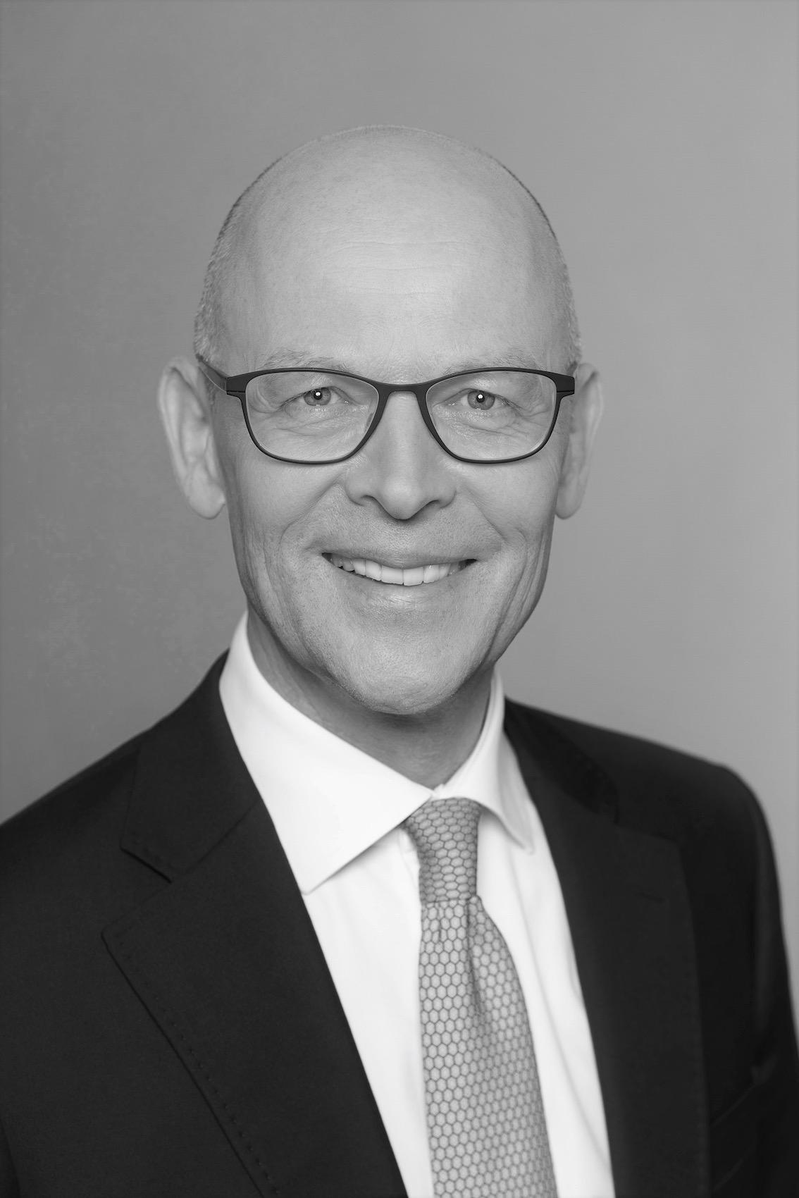 Dr. Ulrich Philippi