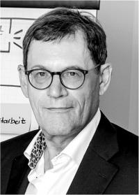 Univ.-Professor Dr. Dr. habil. Wolfgang Becker
